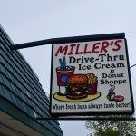 Miller's Drive Thru & Bakery resmi