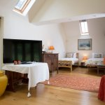 Barn Apartment - twin beds (2 extra if required), double bedroom and wetroom
