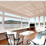 180-DEGREE COASTAL VIEWS in The Suite.   Sleeps 2-4 with a choice of 1 or 2 bedrooms.