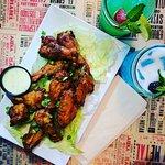 Wings & Drinks!