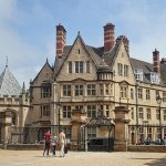 Picturesque architecture of Oxford served as backdrops to the Harry Potter movies
