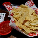 Chips and Salsa, Salsa unflavorful