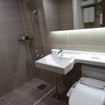 Nice bathroom -