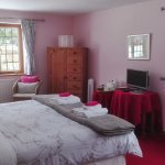 Superior Double: King/twin large bedroom, Ensuite with shower and separate bath
