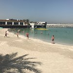 Photo de Dubai Marine Beach Resort and Spa