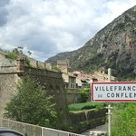 Joli village et halte du Train jaune