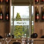 Harrys Resturant