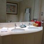 good sized bathroom - room 115