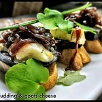Black Pudding and goats cheese pinchos