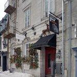 Auberge Place D'Armes - Exterior
