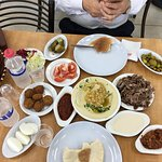 Imad Humus Restaurant의 사진