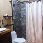 Vista Baño Habitacion Premium