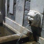 Photo de Fontana del Rosello