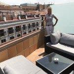 Room 607, beautiful room, spacious Balcony, lovely skyline view over Madrid. Plenty of wardrobe