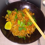 Vegetable Pad Thai with Chicken