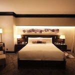 Fairmont Singapore hotel room