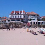A view of the hotel from the walkway between Cascais and Estoril