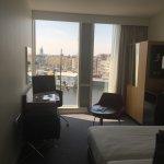 Room 437