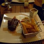wagyu fillet, chips and vegetable and creamy peppercorn