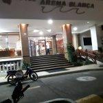 Hotel Arena Blanca Photo