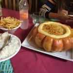 Bom atendimento, comida excelente, preço justo e leugar agradavel!!! Vale muito a pena!!!!