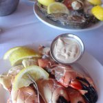 Medium claws-oysters in the background