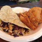 Mahi- Mahi taco with chips