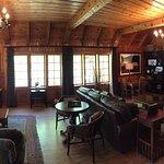 Photo de Lake Creek Lodge