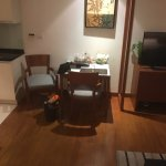 Foto de Woodlands Suites Serviced Residences