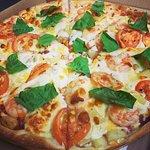 Foto de Lionsgate Pizza