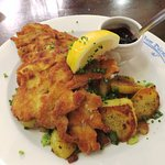 The Wiener Schnitzel was delicious at Zum Durnbrau (19/May/17).