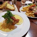 Cheesey bread, pollo principesca & chicken schnitzel