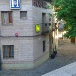 Photo of El Hostal Puerta Bisagra