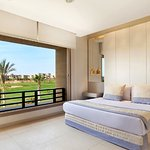 Villa Bedroom Queen Bed Golf Course View