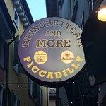 Foto di Piccadilly Bar