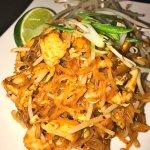 Bai Tong Thai Restaurant