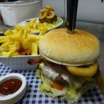 The Quaich Special Burger, yummmmmmmy!!
