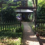 Foto de Cedar House Inn & Yurts