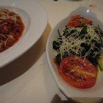 spinach, lemon and tomato at La Cascata