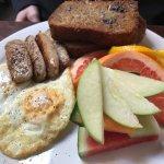 Breakfast at MoLe