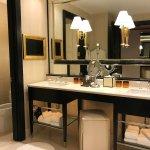 Encore Tower Suites Tower King Suite Bathroom