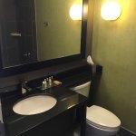 Foto de DoubleTree Suites by Hilton Huntsville-South