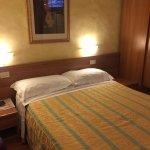 Photo de Hotel Julia