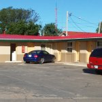 Small, clean motel. Reasonably priced.