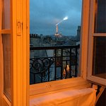 Great hotel with and incredible view to the Eiffel Tower and the pantheon