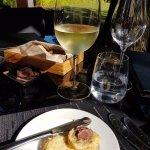 Paired with a Sauvignon Blanc from Vergelegen's Premium brand, we were in heaven!