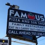 Foto de Famous Pizza Family Restaurant