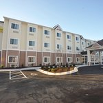 Foto de Microtel Inn & Suites by Wyndham Greenville/University Med