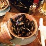 Garlicky Chardonnay Chilean Blue Mussels