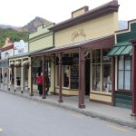 Arrowtown Village shops